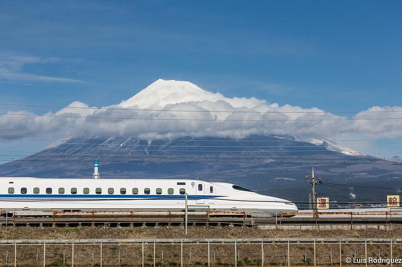 Shinkansen-Monte-Fuji-32