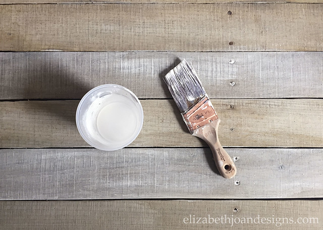 Whitewash Pallet Boards