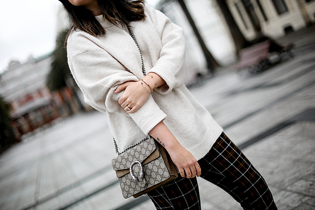 pantalones-cuadros-volante-botines-glitter-zara-look-myblueberrynightsblog3