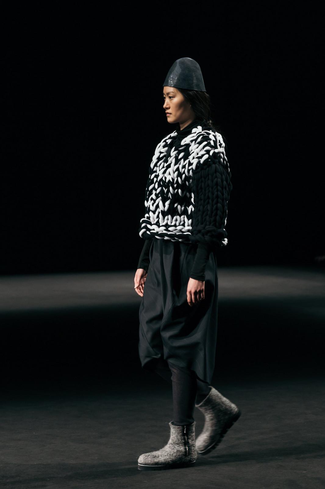 Jessie Chanes - Seams for a desire - 080 Bacelona Fashion #080bcnfasion -30