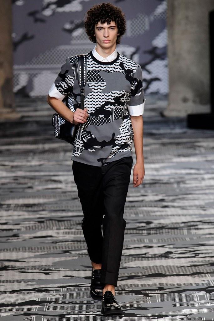 SS16 Milan Neil Barrett004_Piero Mendez(fashionising.com)