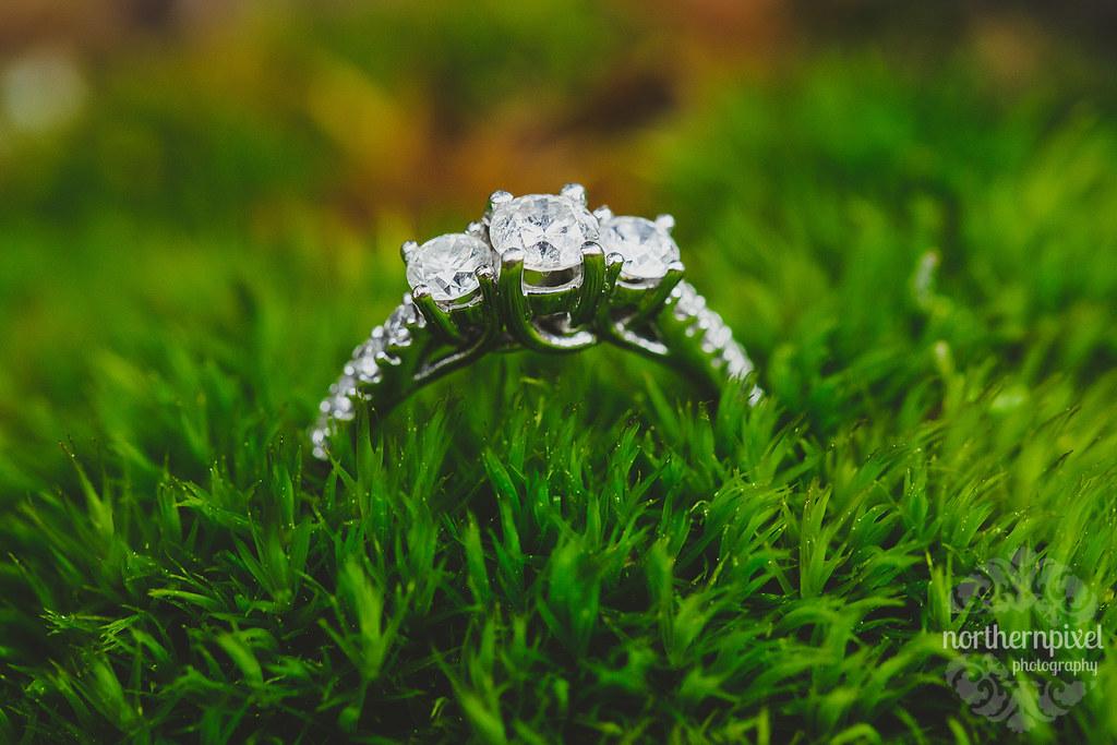 Vikki & Jonathan's Engagement Ring