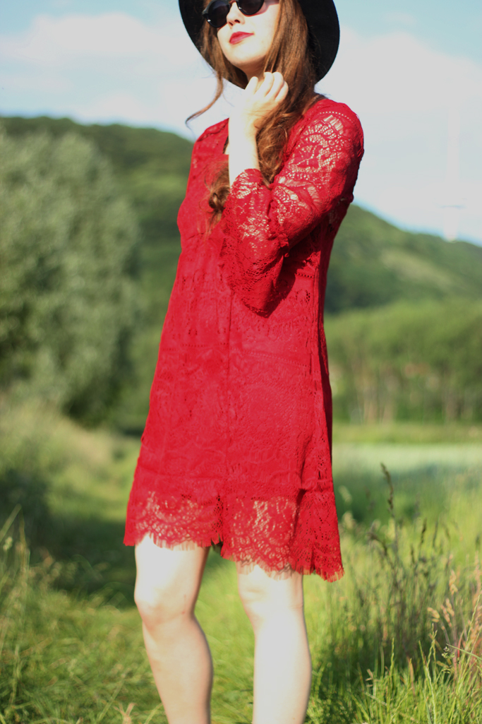 red lace dress - boho outfits blogger