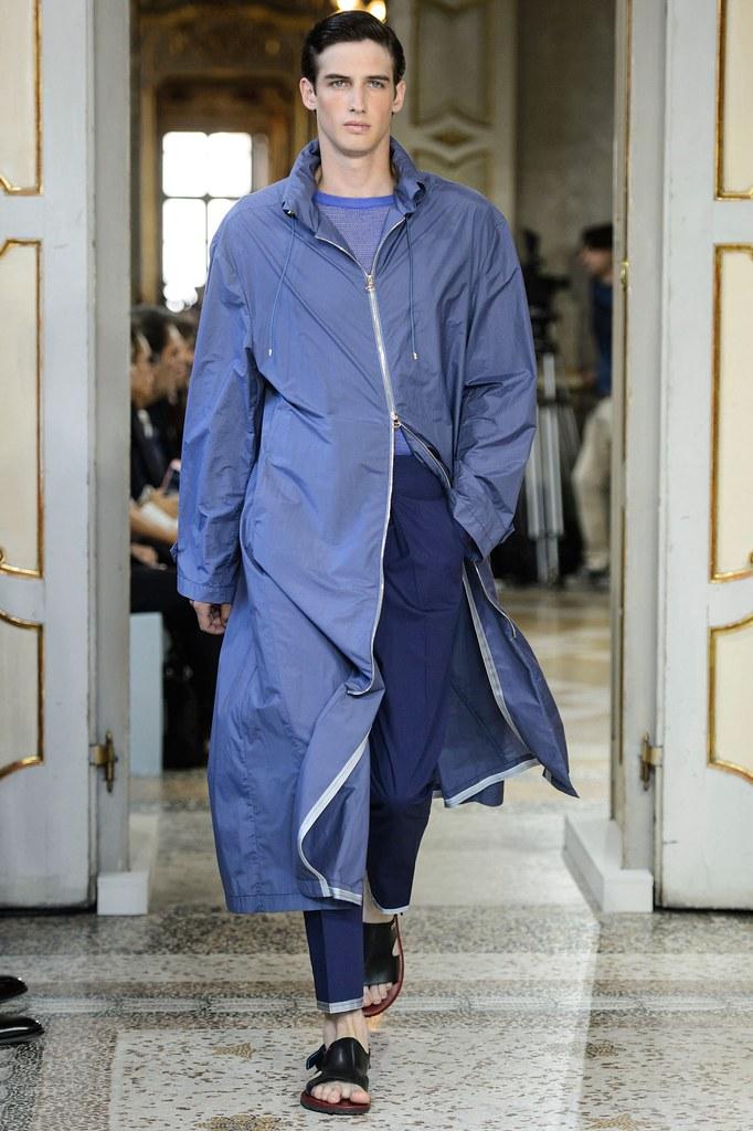SS16 Milan Corneliani011_Ian Sharp(fashionising.com)