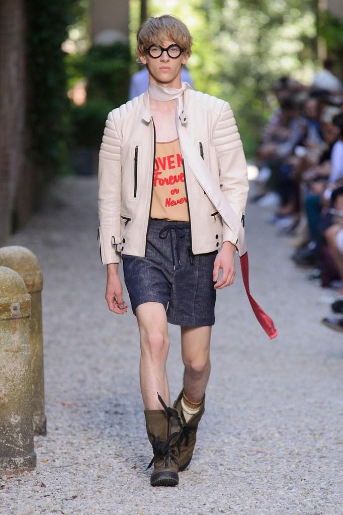 SS16 Milan Andrea Pompilio009_Dominik Sadoch(fashionising.com)