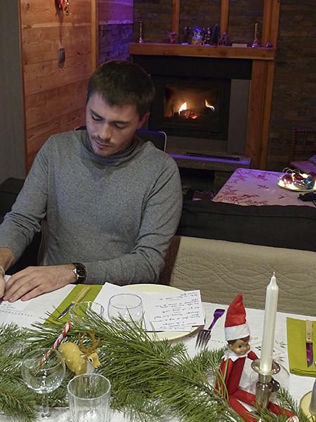 clem écrit les menus de Noël