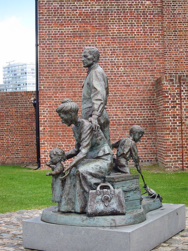 Immigration statue