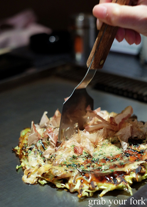 Mini okonomiyaki shovel at DON in Osaka, Japan