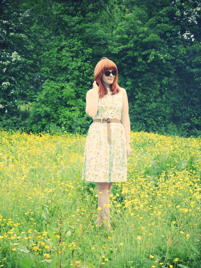 floral-vintage-midi-dress