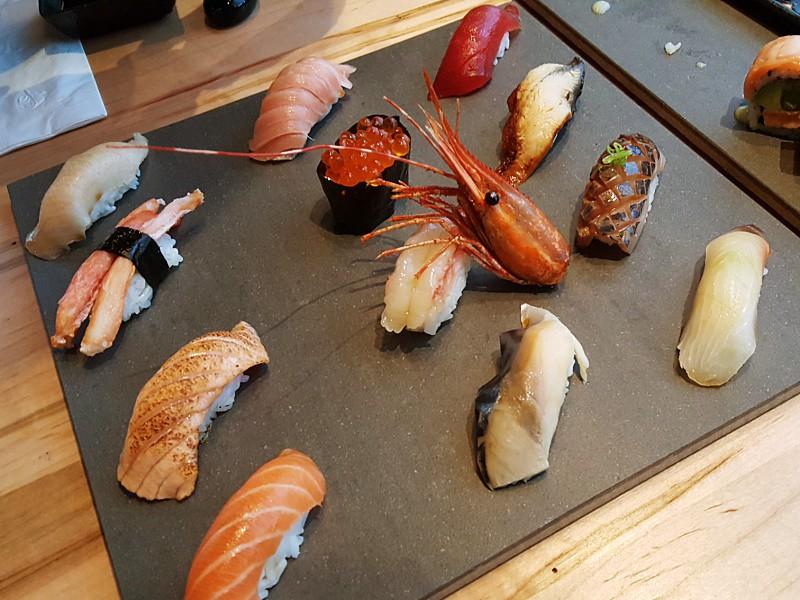 Nigiri Platter Le Modern Japanese Cuisine