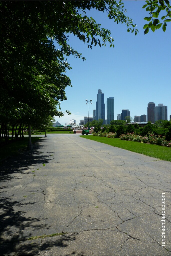 frenchieontheroad.com-chicago-park