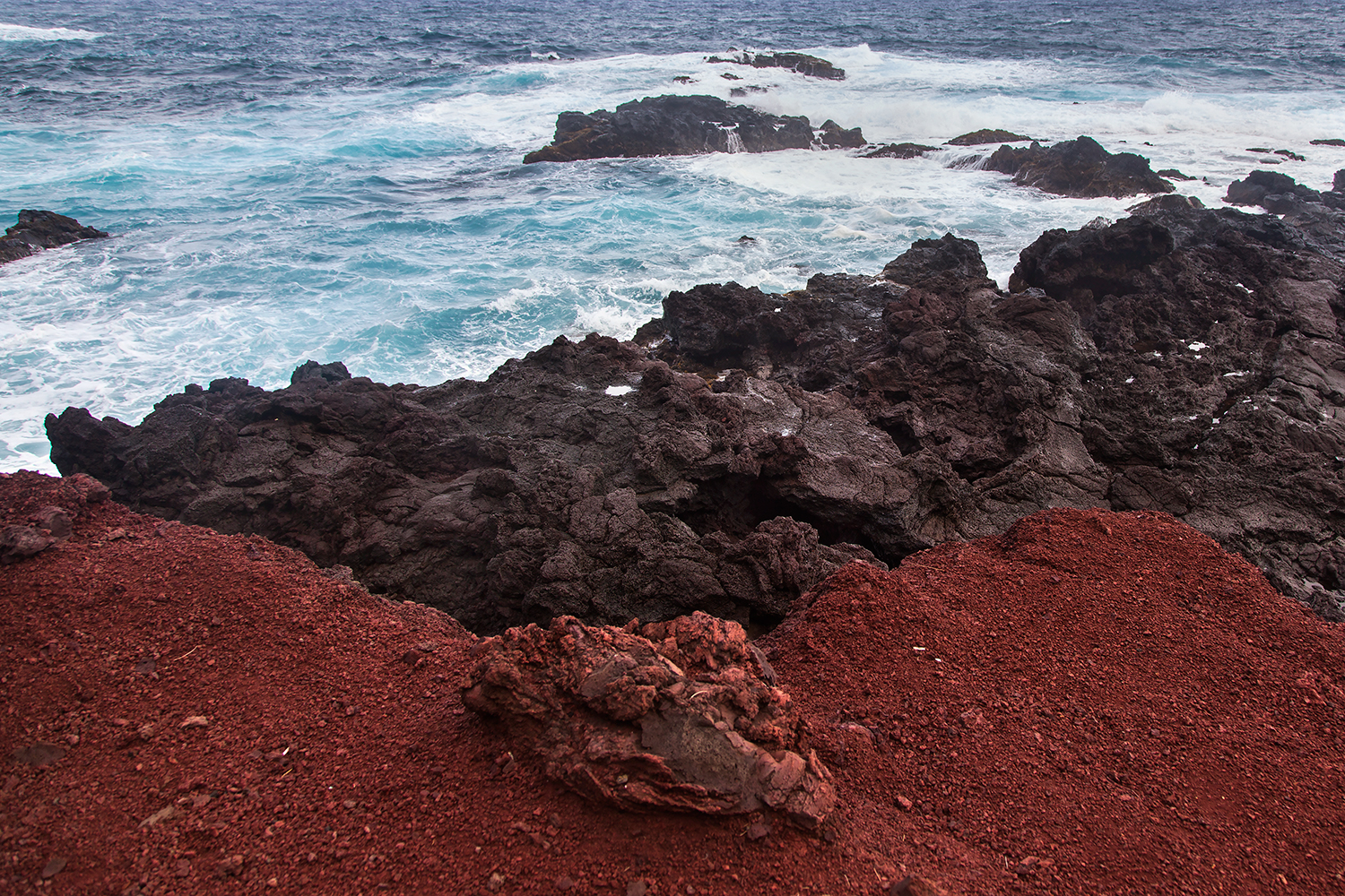 Red Sand Beach // Kaihalulu Beach