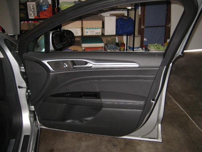2014 Ford Fusion Titanium Plastic Interior Door Panel