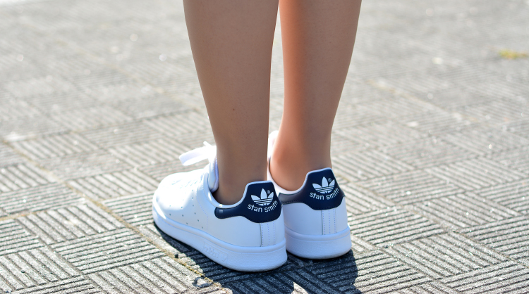 zara_pull_como_combinar_choies_shorts_stan_smith_adidas_08