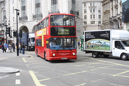 London United TLA18 SN53KHT
