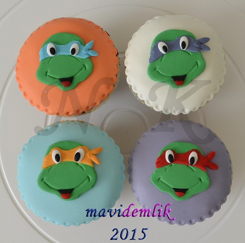 ninja-cupcakes