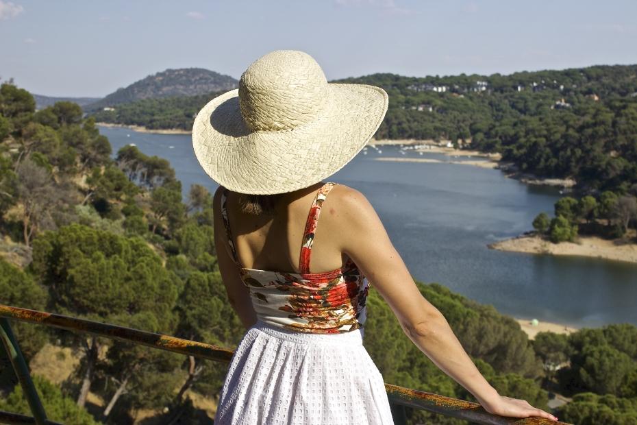 lara-vazquez-mad-lula-style-fashion-blog-moda-streetstyle-look-hat-summer-vibes
