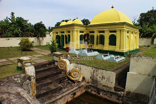 Kompleks Makam Raja Ja'far