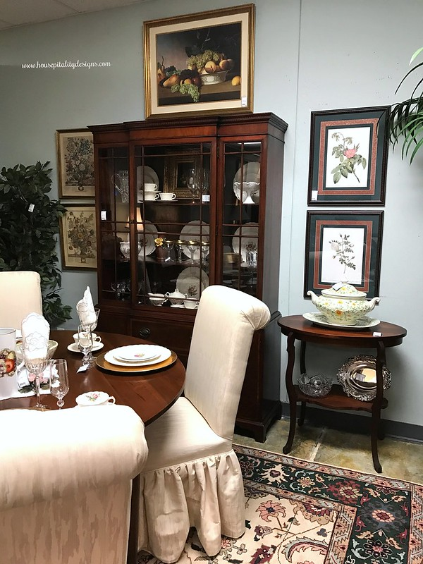 Consignment Shop-dining room-Housepitality Designs