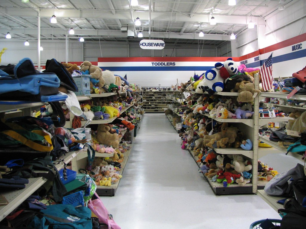 Shop and donate locally at thrift and consignment stores - Image courtesy of https://c1.staticflickr.com/1/45/107545081_02329541fc_b.jpg