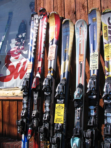 Atomic skis for sale | by randomduck