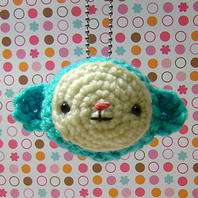 Amigurumi Monkey Keychain : Amigurumi Monkey Keychain Heres an adorable amigurumi ...