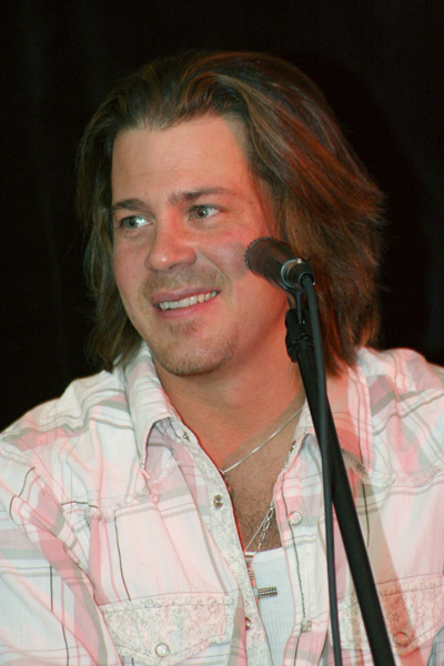 Christian Kane in Vegas
