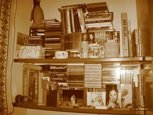 La estanteria mas importante de mi habitacion con cds y dv - Estanterias para cd y dvd ...