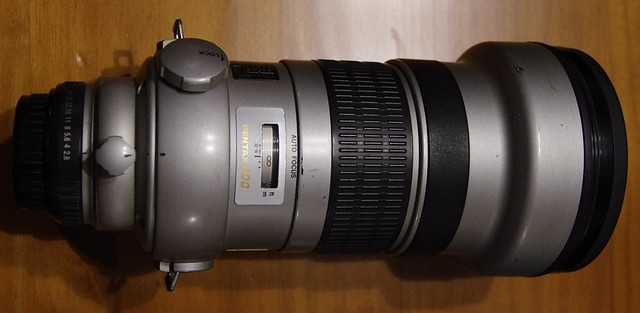 Vends mon 300mm DA* f/:2.8 à 2000€ 18750226870_e3a867058a_z