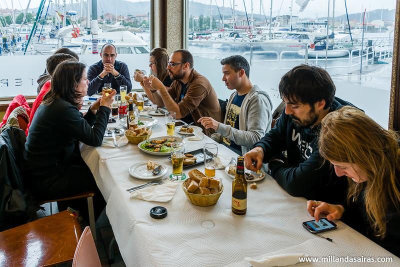 Comida en la tapería O Faro