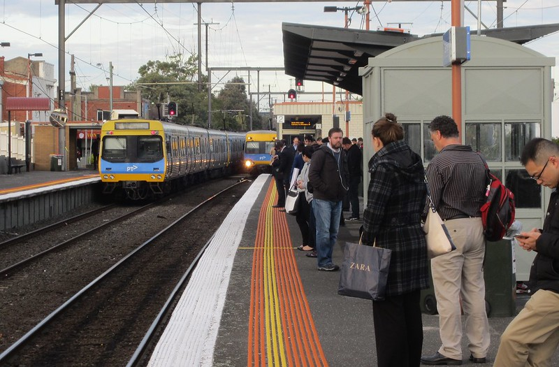 Comeng trains at Bentleigh