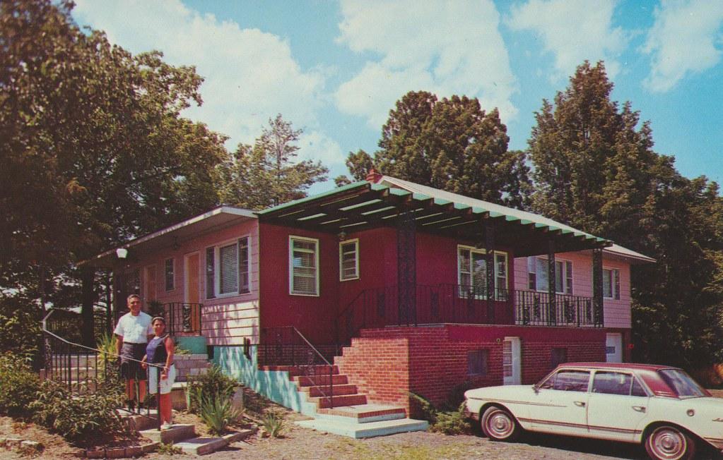 Villa Leona - Catskill, New York