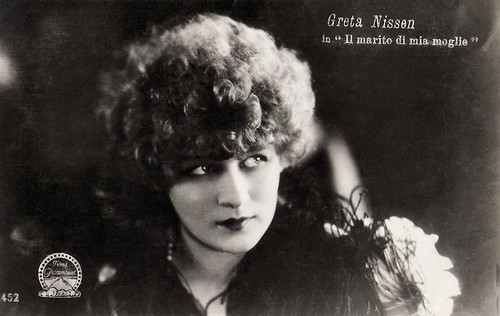 Greta Nissen in Lost: A Wife (1925)