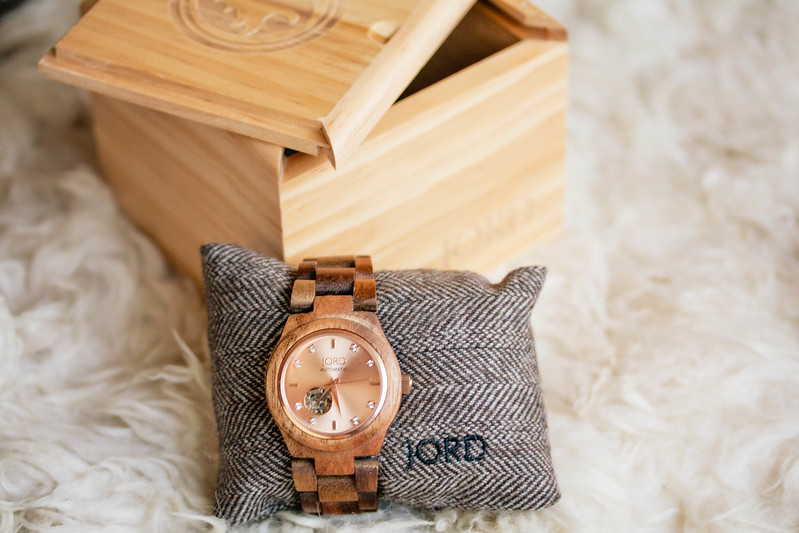 cute & little blog | petite fashion | jord wooden watch cora rose gold review