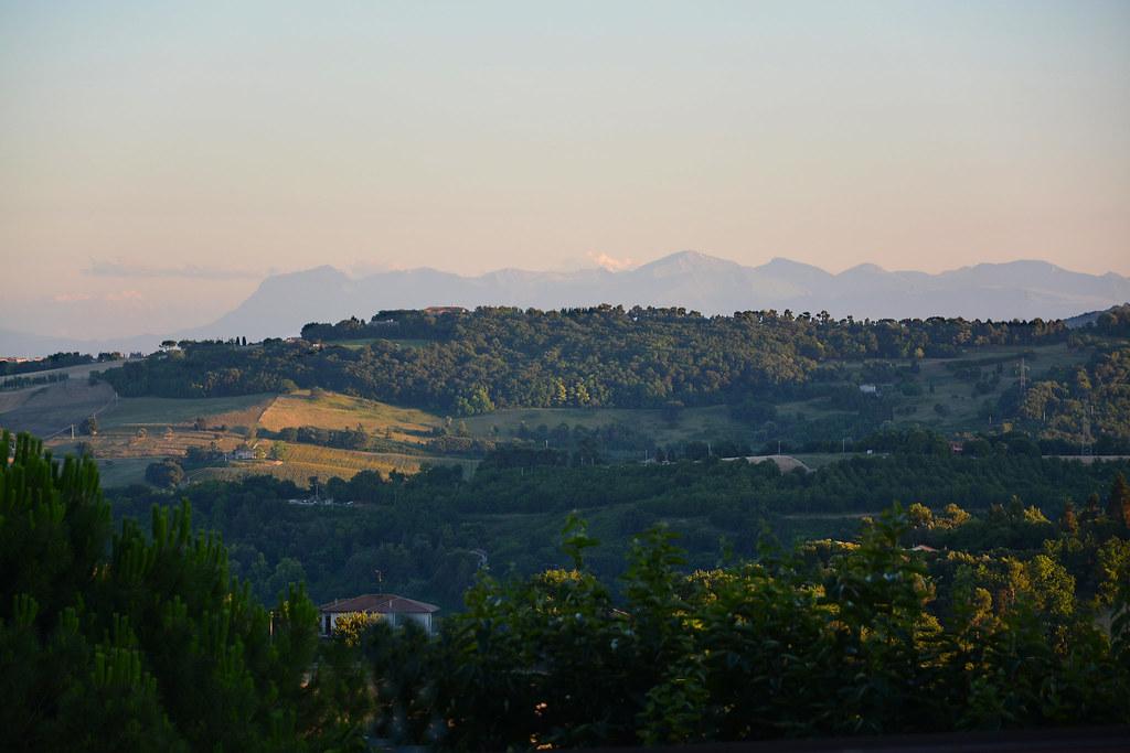 l'infinito | Il panorama che ispirò Giacomo Leopardi. XII ...