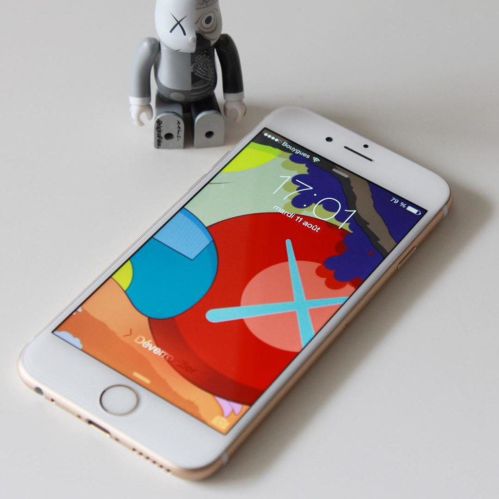 Kaws iPhone Magazine iPhone 6 Wallpapers