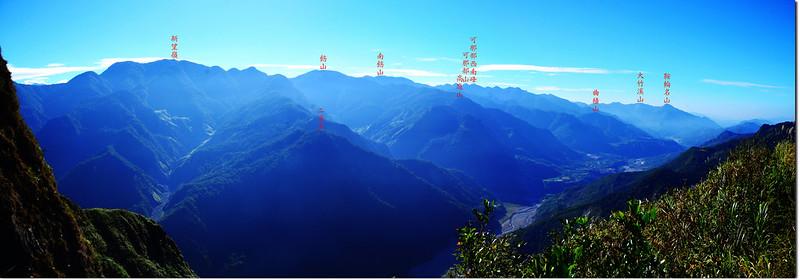 幾阿佐名山西南1734峰瘦稜眺望東南方群山 1-1