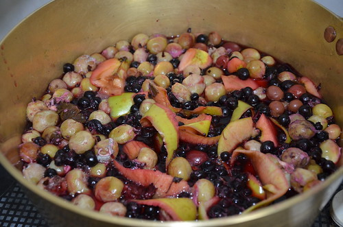 gooseberry and blackcurrant jam June 15