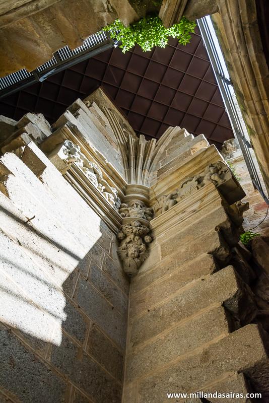 Más zonas de unión de las catedrales creando formas incoherentes