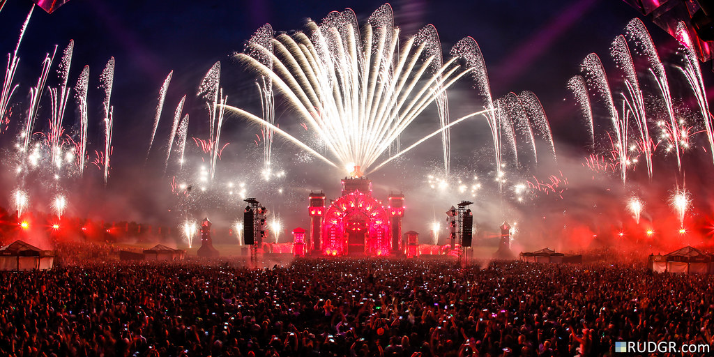"""No Guts No Glory"", Defqon.1 2015"