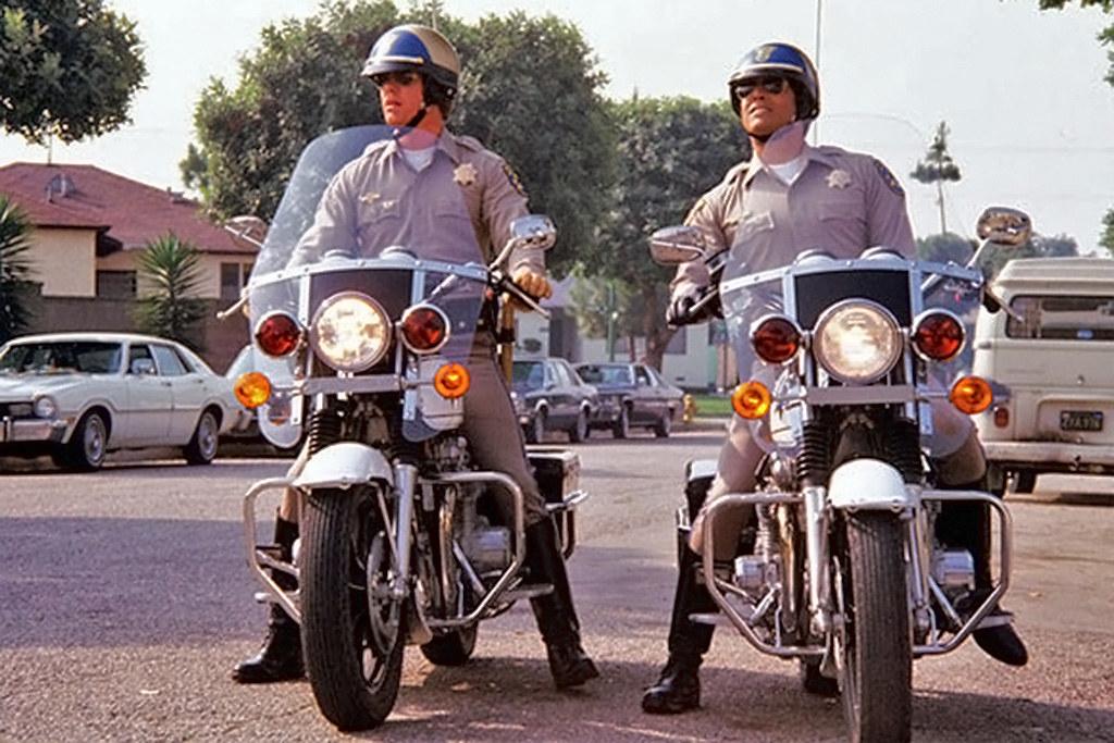 """453cd2655e9 Felizmente nem todos os filmes abordam a motocicleta como uma vilã. Em  muitos deles é o veiculo do """"mocinho"""""""