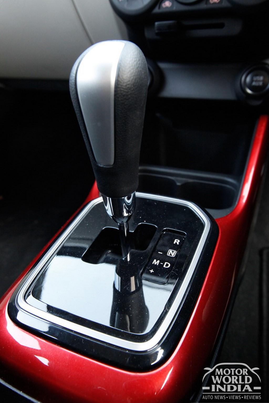 Maruti-Suzuki-Ignis-Interior-Gear-Lever