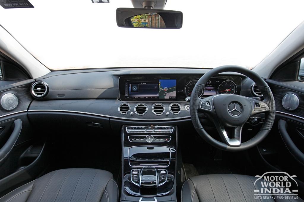 2017-Mercedes-Benz-E-Class-LWB-Interior (2)