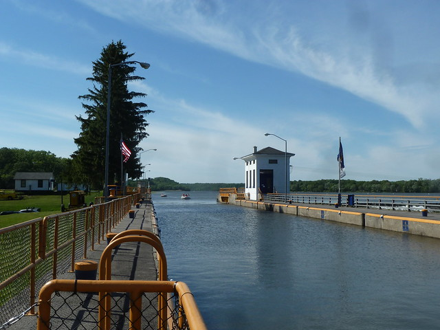 Boats entering Erie Canal lock 7- Niskayuna