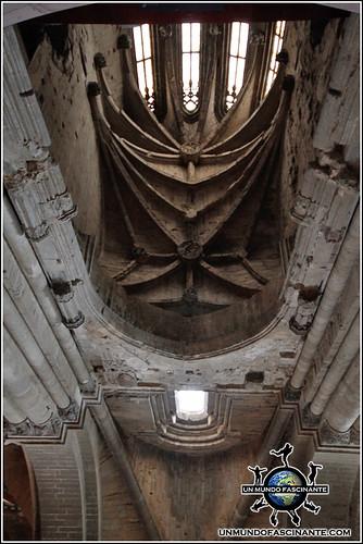 Interior de la Catedral de Lleida, Cataluña. España.