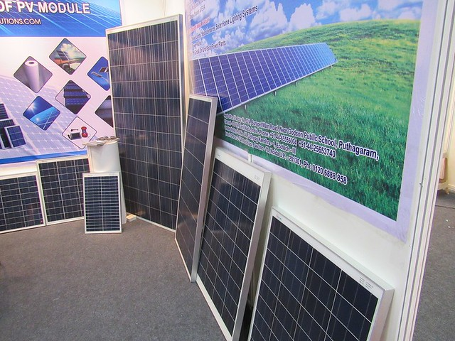 Solar-South-Chennai-Expo-Solar-Panels-r