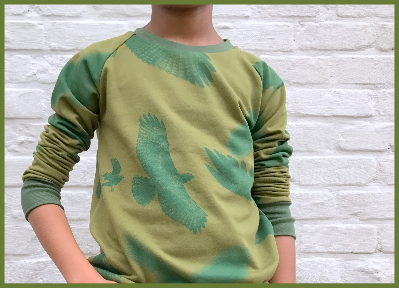 mean green sweater 3