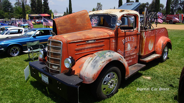 1946 Mack Tow Truck