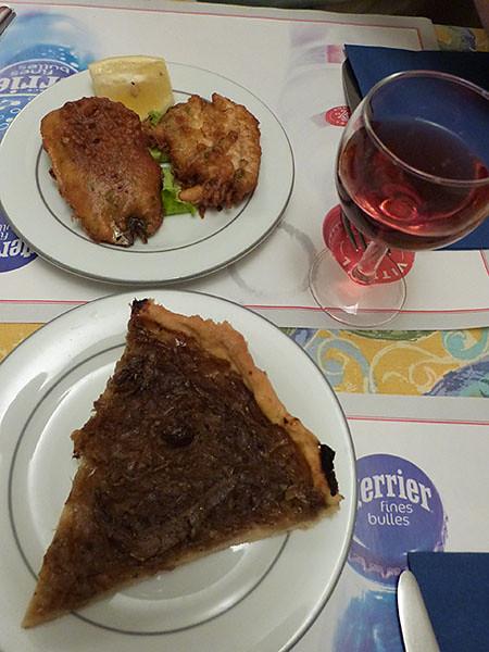 beignets et pissaladière au bar d ela Bourse