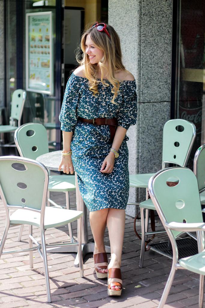 H&M Trend Dress 70's